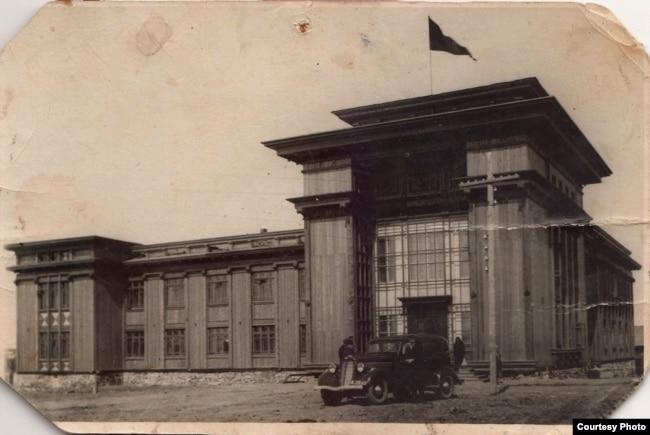 Здание Севжелдорлага