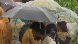 300 тысяч рохинджа бежали из Мьянмы за две недели