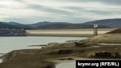 Загорское водохранилище: «обезвоженная» Большая Ялта (фотогалерея)
