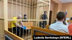 Суд над активистами Лией и Артёмом Милушкиными в Пскове