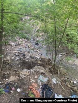 Часть свалки в Калининском районе Новосибирска