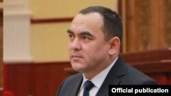 Министр Ташкулов обвинил ректоров в отсутствии общежитий.