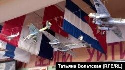 """Макеты самолетов в музее """"Невский пятачок"""""""