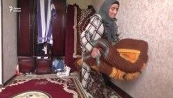 """Шикояти як зан дар Душанбе: Писарамро """"облава"""" карданд"""