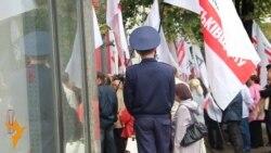 Опозиція вимагає визнати масові фальсифікації на дільницях Києва