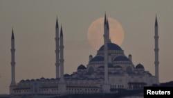 Turcia este pe lista roșie a țărilor cu risc epidemiologic