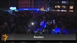 Звуки фортепьяно на площади Таксим