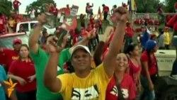 Венесуэлада сайловдан олдин Чавезни қўлловчи митинг