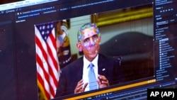 Barack Obama volt amerikai elnök arcának elemei egy ál-videón