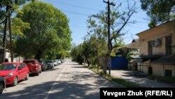 Тихая улица Корабельная в Нахимовском районе Севастополя