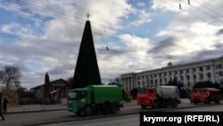Площадь Ленина в Симферополе 23 января оцепили забором