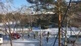 В Улан-Удэ ученик напал на школьников с топором и поджег класс