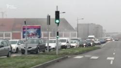 Черги на кордоні Німеччини й Франції після стрілянини в Страсбурзі – відео Радіо Свобода