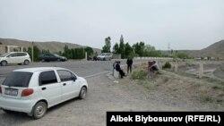 Границата меѓу Киргистан и Таџикистан
