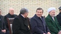 Атамбаев встретился с Мирзиеевым