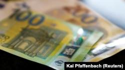 Me rritje prej 30 eurosh, në këtë muaj do t'i marrin pensionet e tyre qytetarët mbi moshën 65 vjeç, që përfitojnë më pak se 100 euro në muaj.