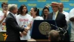 В Нью-Йорк на совернования по поеданию хот-догов съехались чемпионы со всей Америки