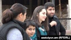 Örmény család Koti városában, 2020. november 6.