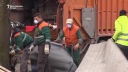 Čišćenje stanice u Tuzli nakon odlaska migranata