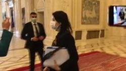 Șefa Curții Supreme a părăsit sala de ședințe