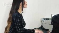 Ўзбекистонлик қиз дунёнинг энг жозибали пианиночисига айланди
