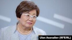 Кыргызстандын экс-президенти Роза Отунбаева.