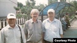 Тохири Абдуджаббор, писатель Кодири Рустам и Насибджон Амони