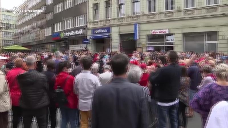 Thousands Protest Sarajevo Mass Honoring WWII Nazi Collaborators