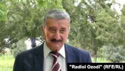 Абдумудассир Аҳмадзода, рӯзноманигор