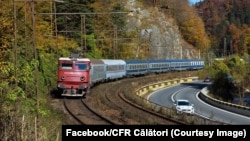 Una din trei curse ale trenurilor CFR Călători înregistrează întârzieri semnificative.
