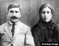 Юханна Садо с женой Марией