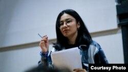 Независимая наблюдательница от «Лиги молодых избирателей» Нари Ермуханова.