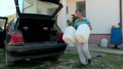 Буковиќ - До вода седат, вода немаат