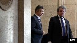 """Според зам.-председателят на """"Има такъв народ"""" Тошко Йорданов, партиите, с които бяха водени преговори, само са търсили повод да откажат подкрепа за кабинета на Пламен Николов"""