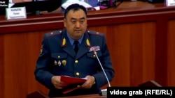 Глава МВД Улан Ниязбеков.