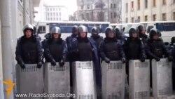 Чи заважає Євромайдан киянам пересуватися Хрещатиком?