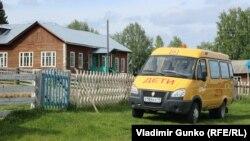 Школа деревни Скородум, Коми (Россия)
