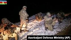 Azərbaycan hərbçiləri Kəlbəcərdə