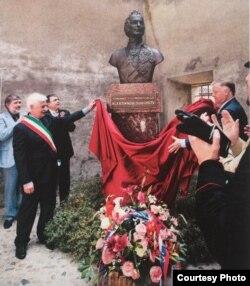 Открытие бюста Суворова в Ломелло, 22 мая 2011