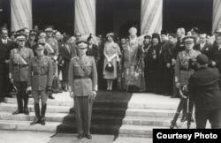 Regele Mihai și Ion Antonescu, pe când cel de al doilea era șef al statului, la Catedrala Patriarhală