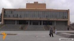 Գյումրիի դրամատիկական թատրոնի գեղարվեստական ղեկավարը հրաժարվել է պաշտոնից