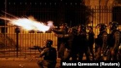 Жестокие столкновения вокруг Иерусалима резко усилились (фоторепортаж)