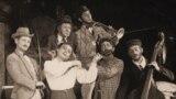 """Сцена из спектакля """"Музыкант"""" Белорусского государственного еврейского театра"""