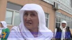 """матери обвиняемых в """"дедовщине"""" солдат"""