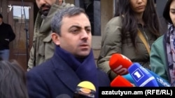 Armenia - Dashnaktsutyun leader Ishkhan Saghatelian speaks to journalists, April 6, 2021.