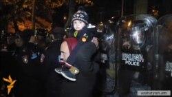 «Նոր Հայաստանի» երթը ԿԸՀ-ի դիմաց հանդիպեց ոստիկանական պատի