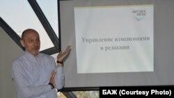 Рэдактар газэты Intex-press Уладзімер Янукевіч