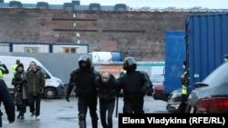 Задержание около Сенной площади