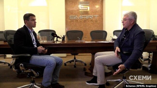 Директор із ризиків і безпеки Smart Holding Іван Герасимович з журналістом Олександром Чорноваловим