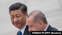 Președintele Turciei Recep, Tayyip Erdogan, și cel al Chinei, Xi Jinping